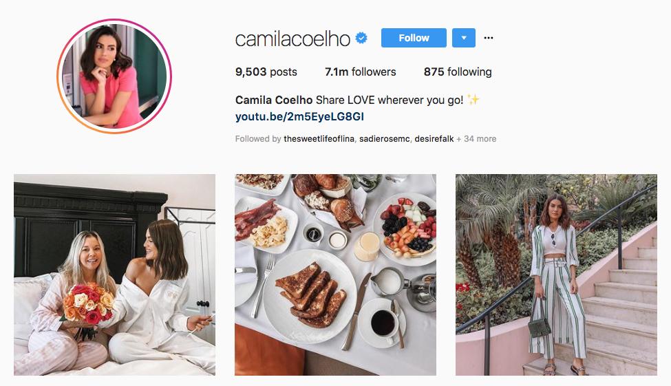 Camila Coelho top beauty vloggers