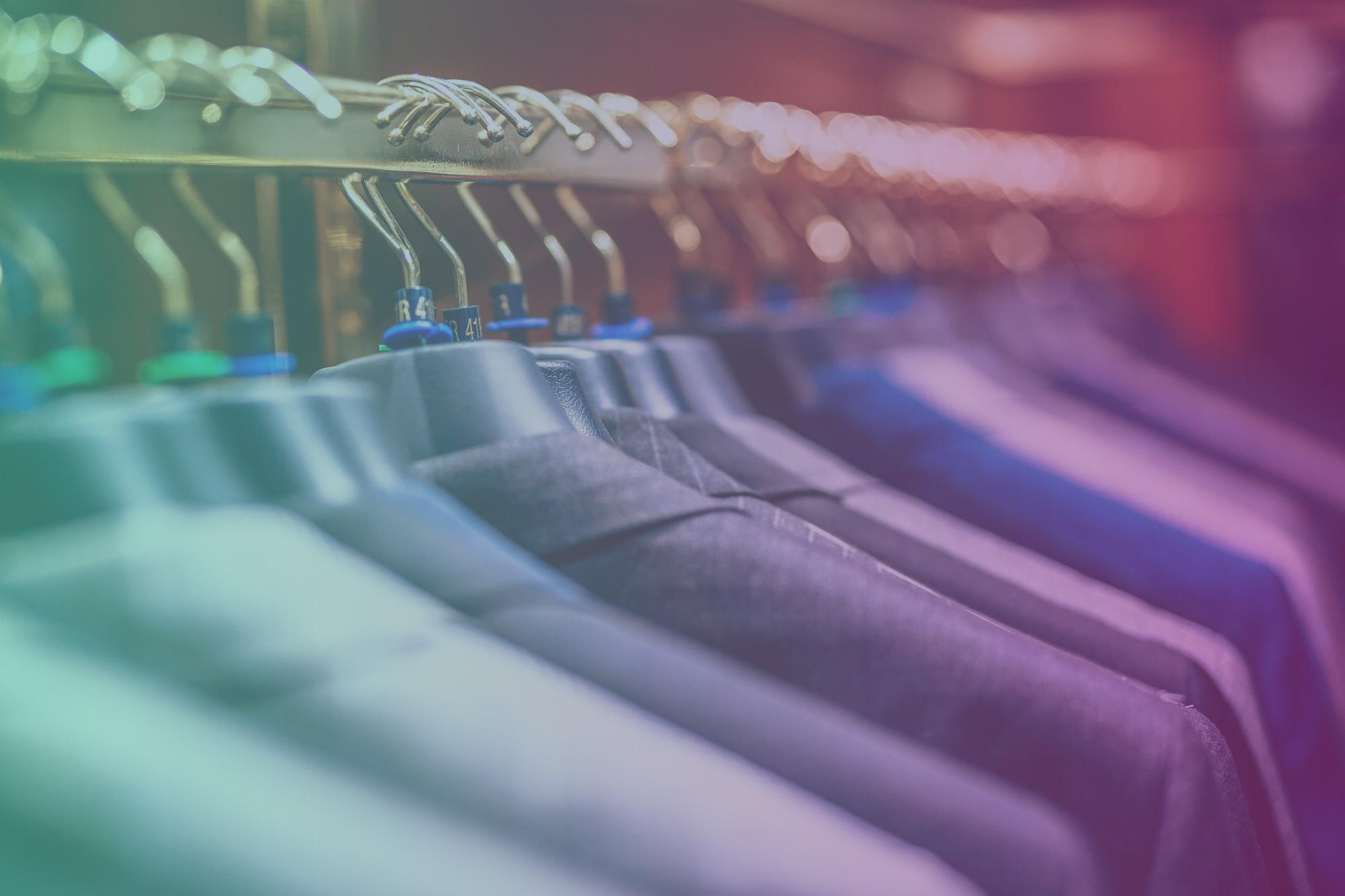 IZEA Signs Top 50 U.S. Retailer