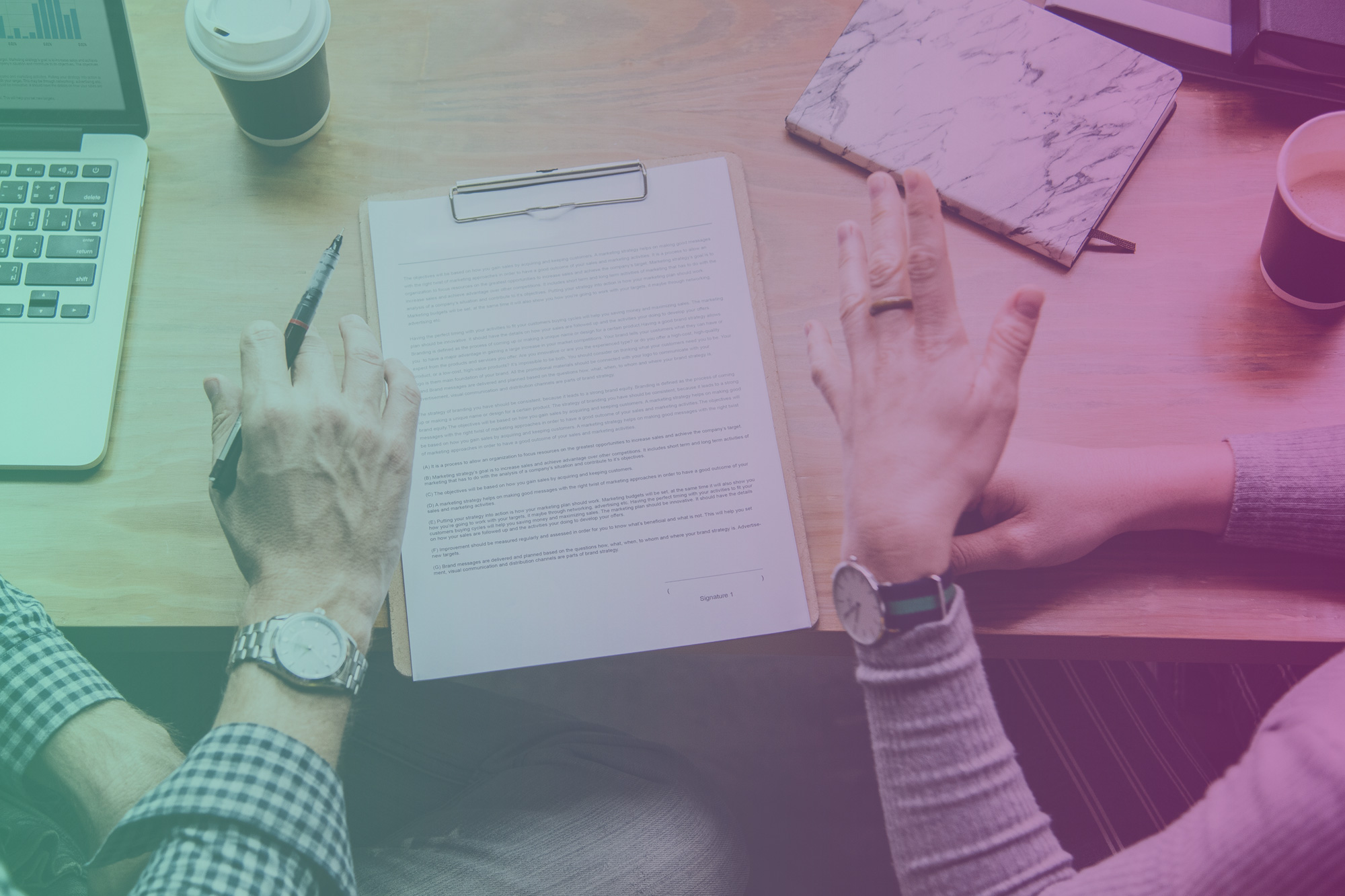 Why Your Business Should Use An Influencer Marketing Contract